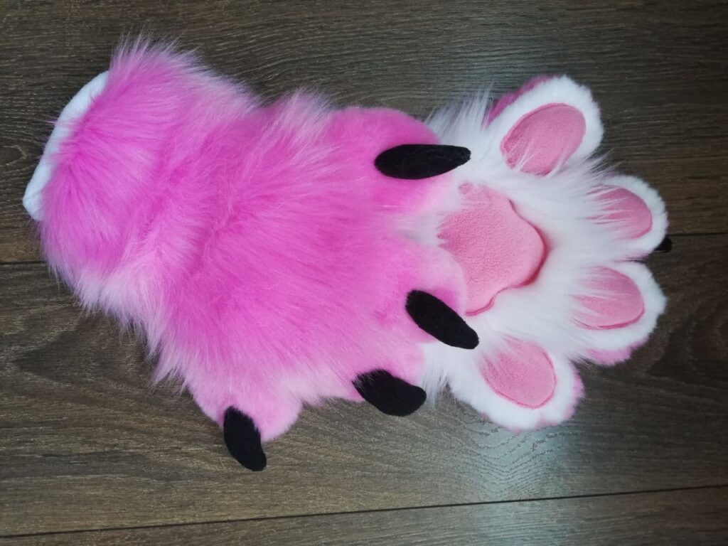 Fursuit Naughty puppy paws