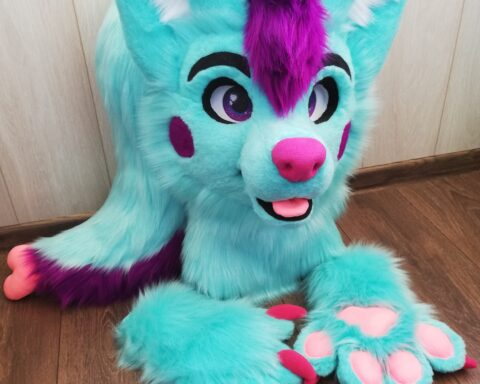 fursuit Aqua Dog